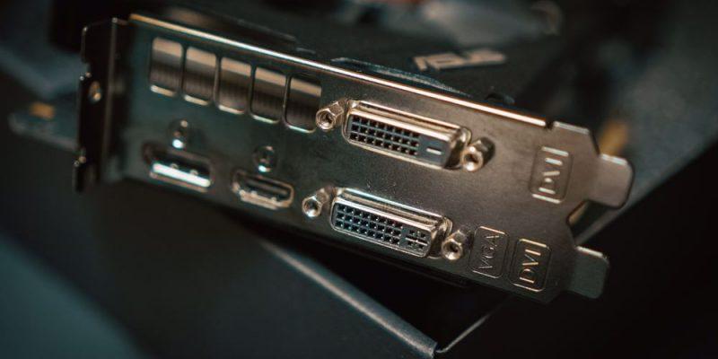 Stort utvalg av HDMI kabler på nett